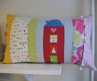 CRAFT HOPE HAITI pillow auction